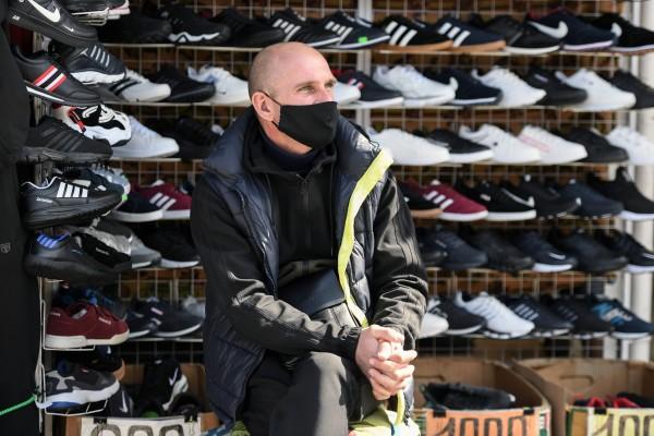 В Брянске десять магазинов нарушили режим самоизоляции