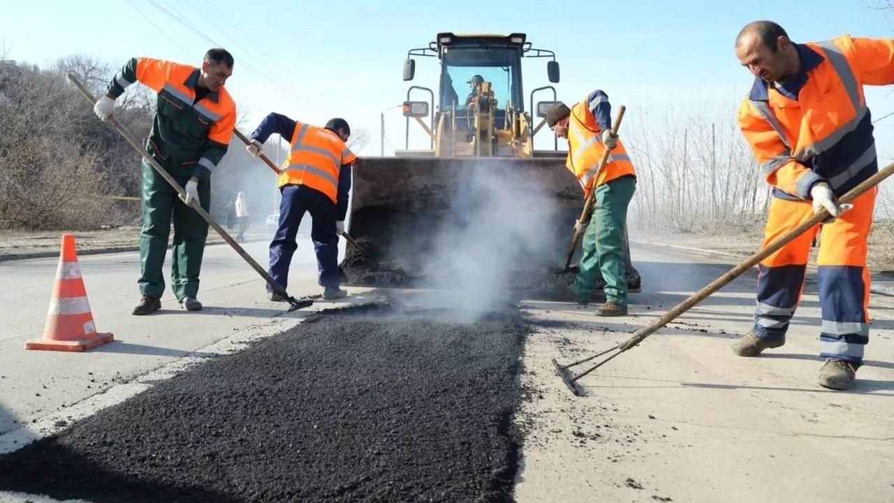 В Суземке активно ремонтируют улицу Первомайскую