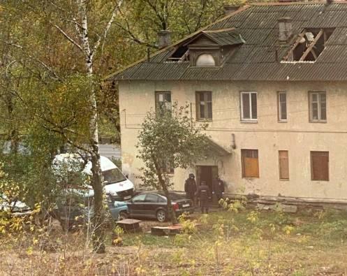 В Брянске при сносе скандальных бараков на Московском погиб мужчина