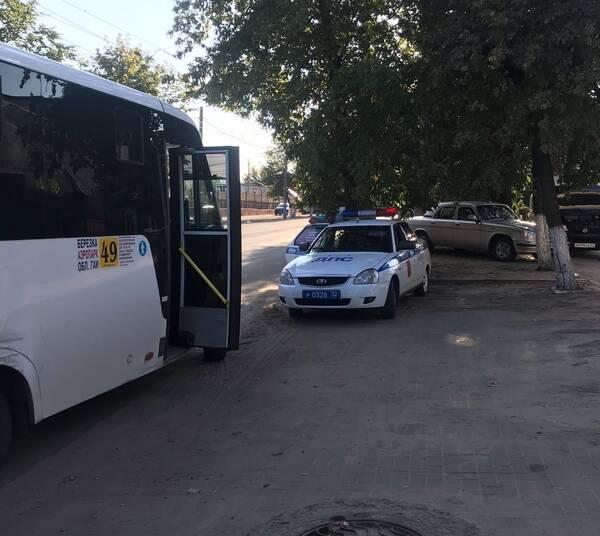 В Брянске сотрудники ГАИ устроили сплошные проверки