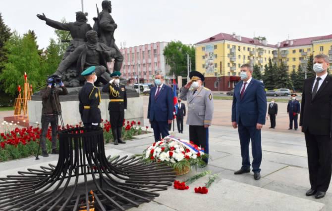 В Брянске почтили память героев-пограничников