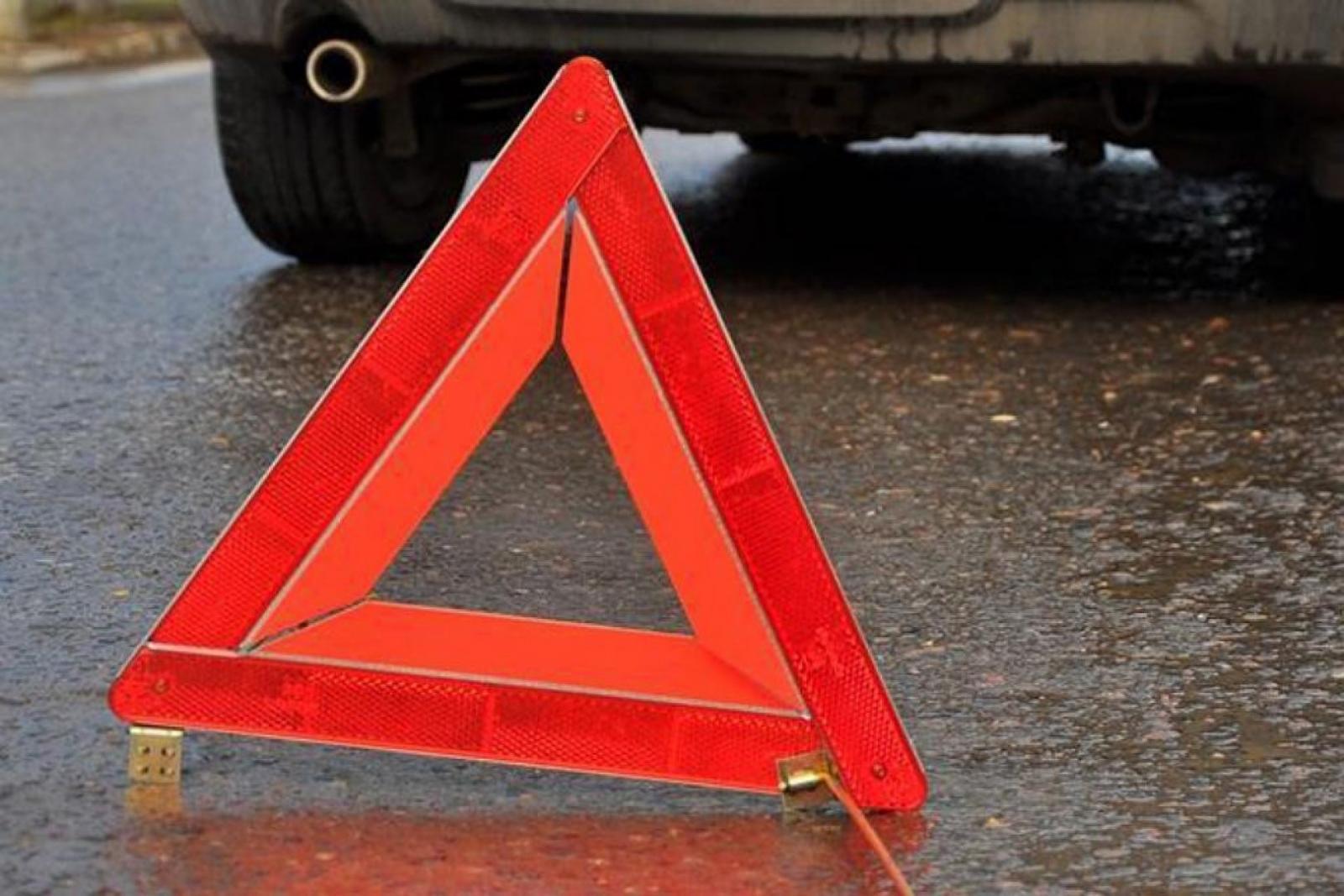 В Брянском районе на трассе разбились две легковушки