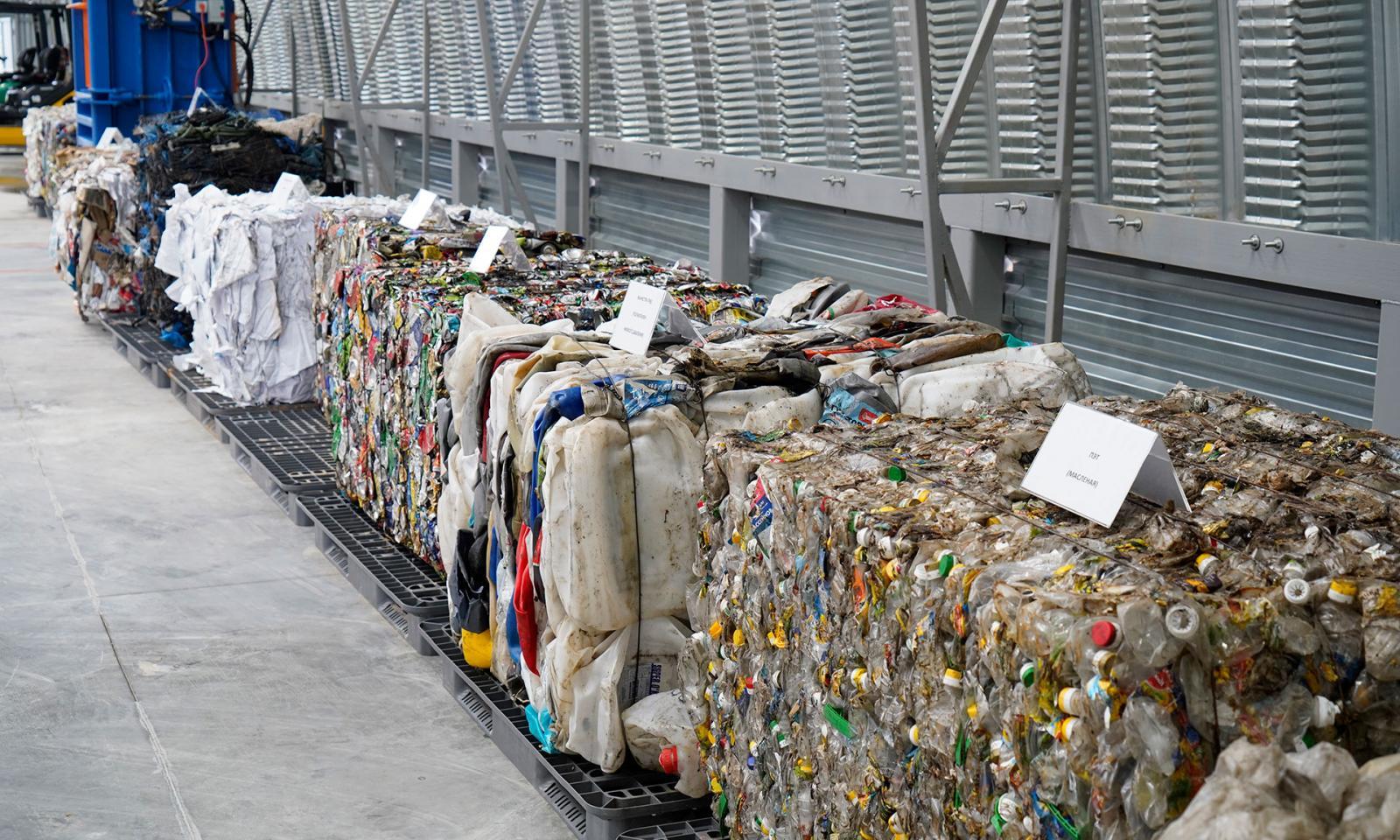 В Суражском районе Брянской области открыли комплекс для мусоросортировки