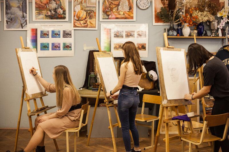 В Унече Брянской области завершается капитальный ремонт детской художественной школы
