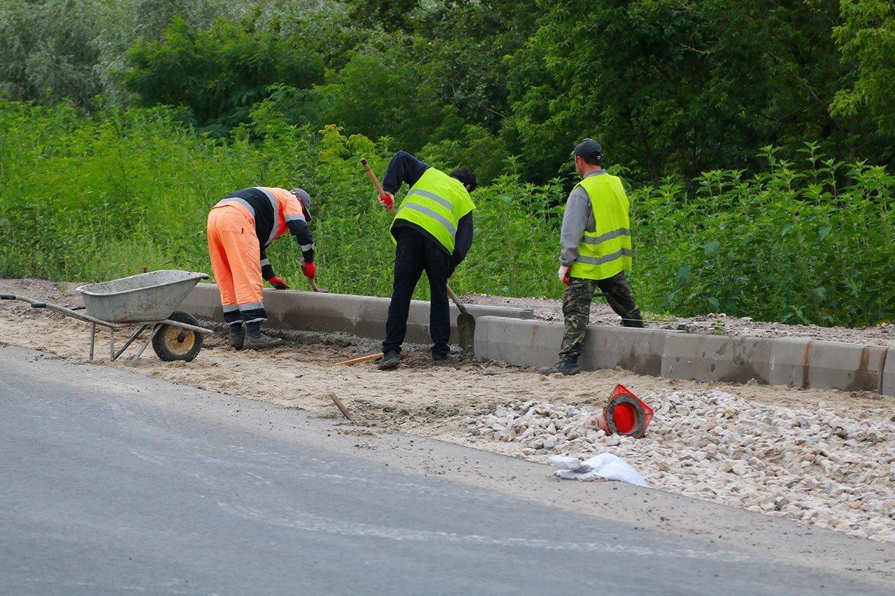В Бежицком районе Брянска отремонтировали дорогу возле школы №67