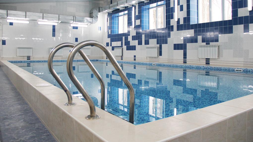 В брянской школе №66 заработал отремонтированный бассейн