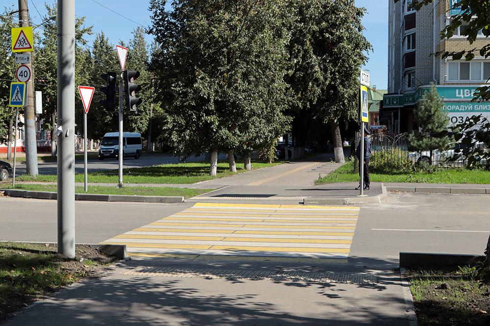 В Брянске провели капитальный ремонт переулка Металлистов за 20 млн рублей