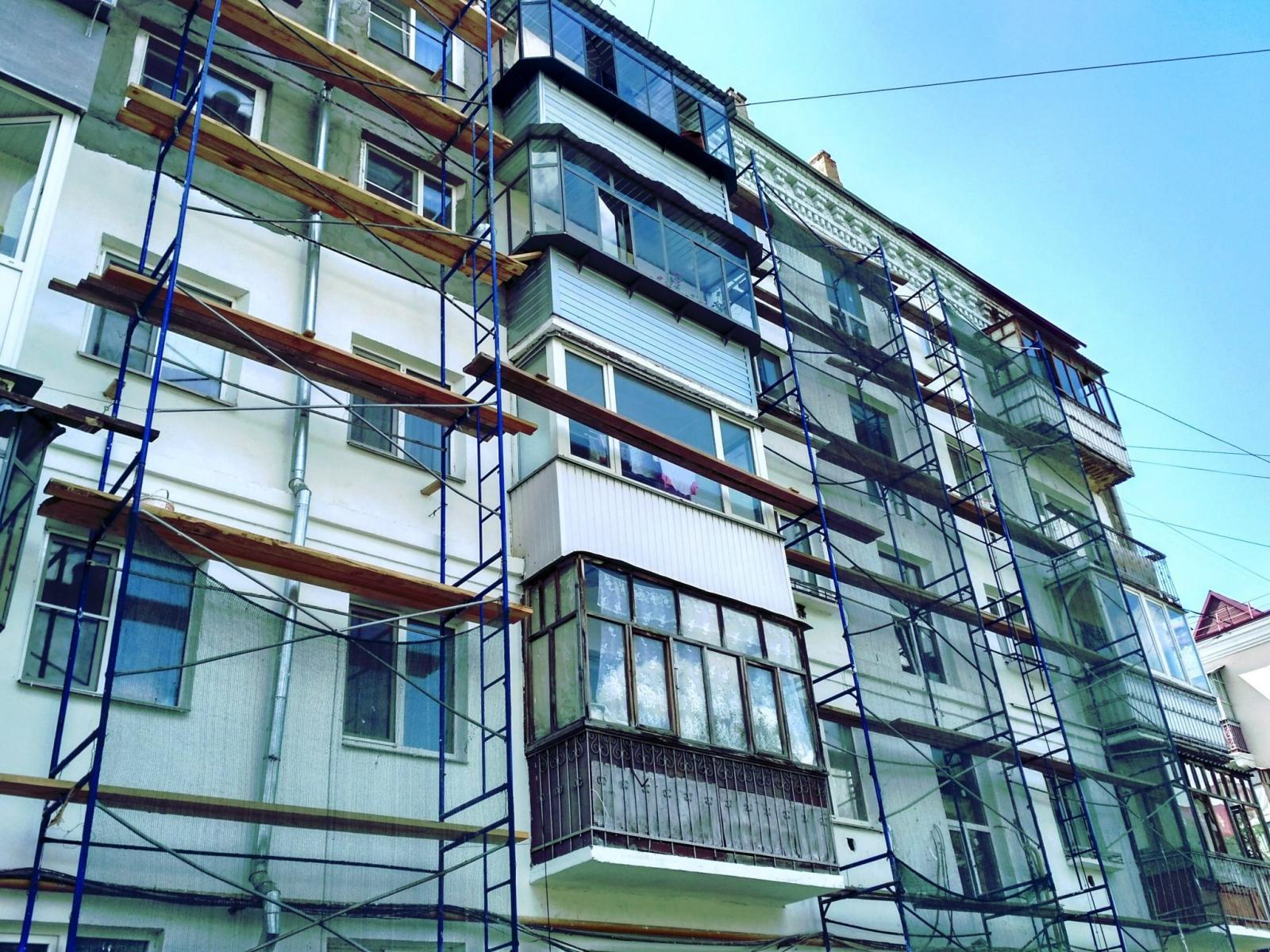 До конца 2021 года в 122 многоквартирных домах Брянска проведут капитальный ремонт