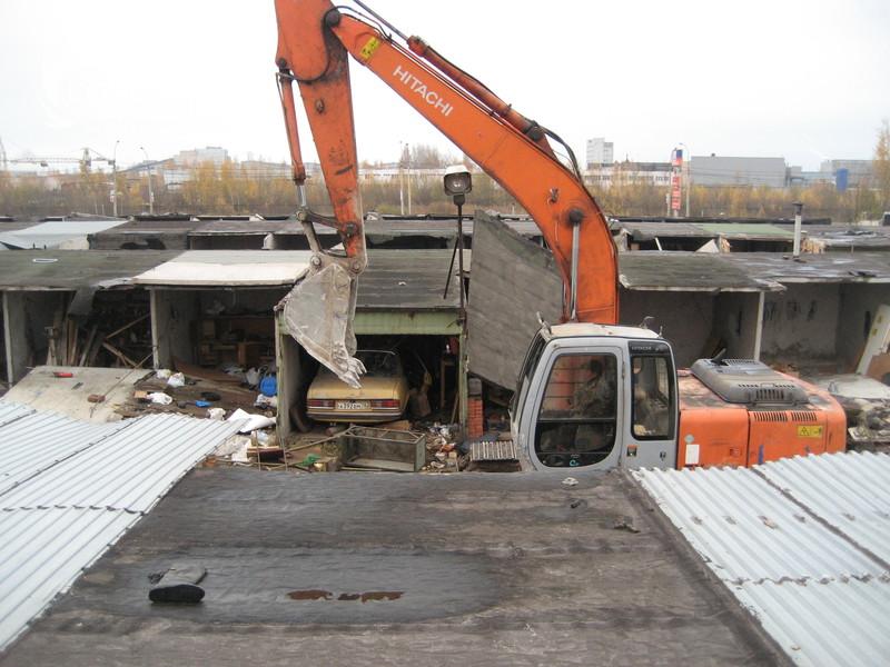 В Брянске демонтировали 165 самовольно установленных гаражей