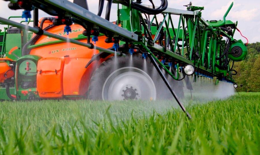 Предприятие «Р.Л. Брянск» нарушило закон при обработке полей пестицидами