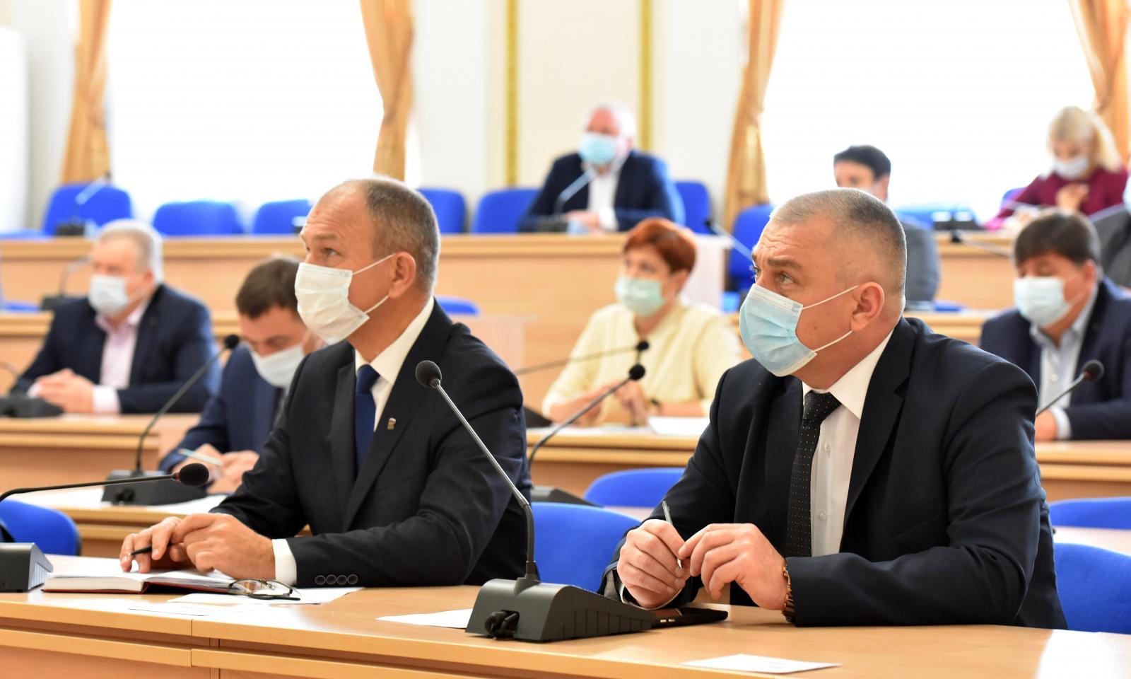 В Брянской области с 15 ноября будут отстранять от работы непривитых сотрудников
