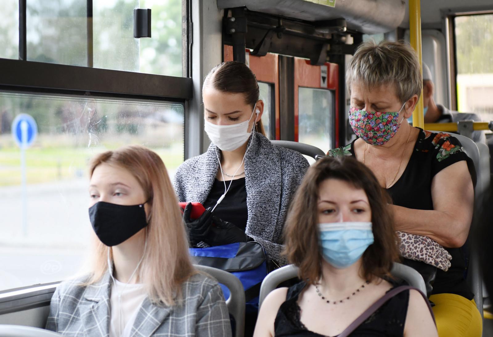 В Брянске за неделю выписали 20 штрафов на нарушителей масочного режима
