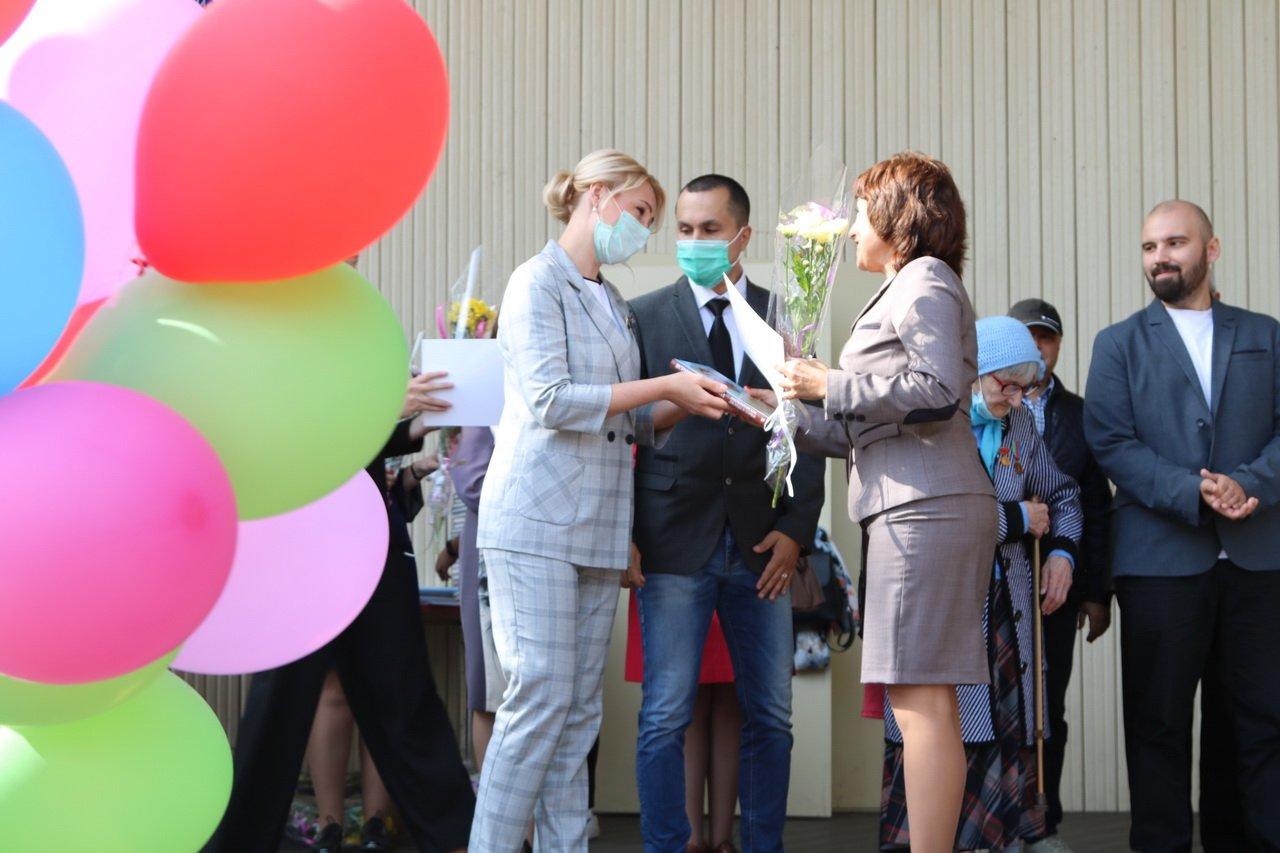 Губернатор Брянской области Александр Богомаз поздравил работников культуры с праздником