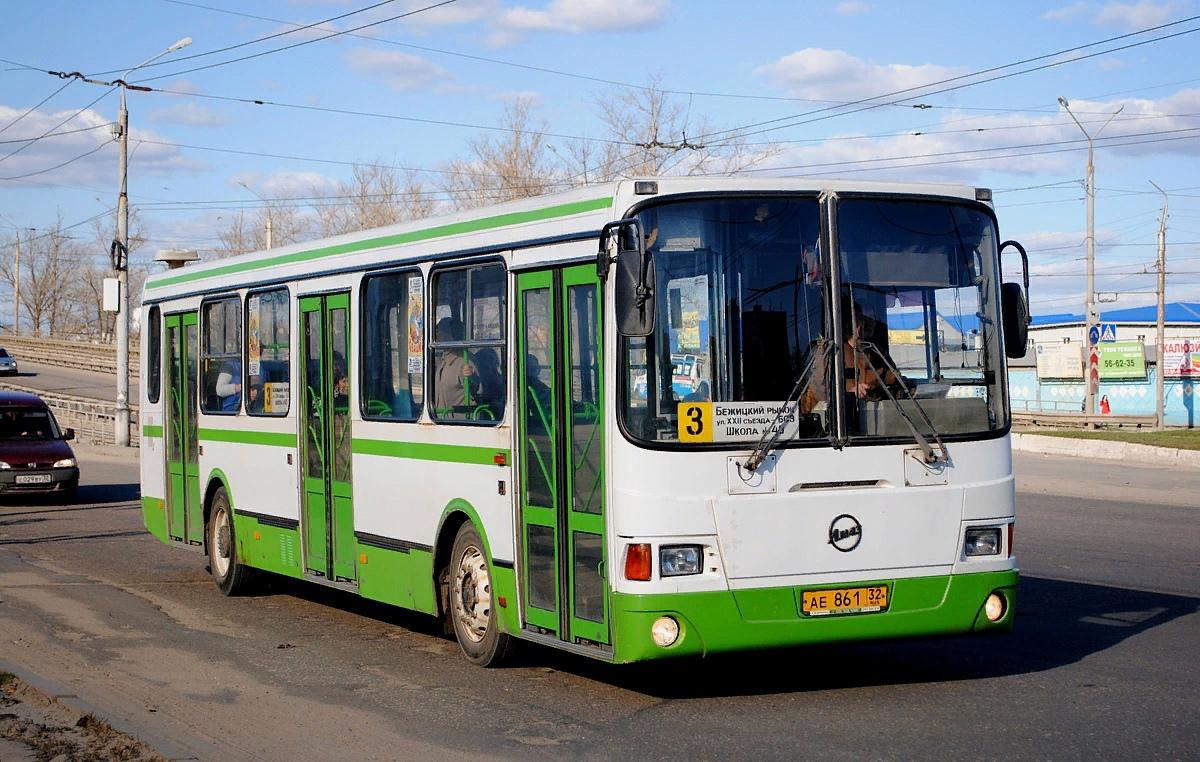 В Брянске на месяц увеличат количество автобусов на маршруте №3