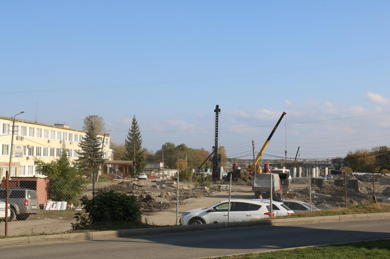 В Брянске завершился перенос теплосетей на Набережной в районе нового моста