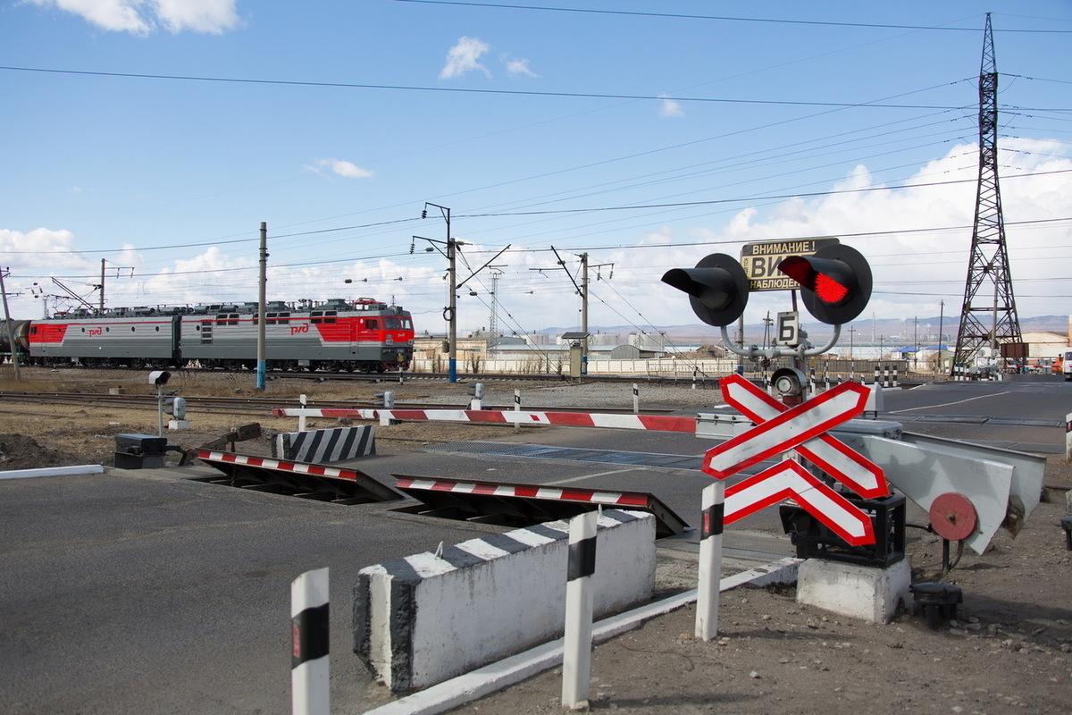 В Брянске на два дня частично закроют ЖД переезд станции Орджоникидзеград