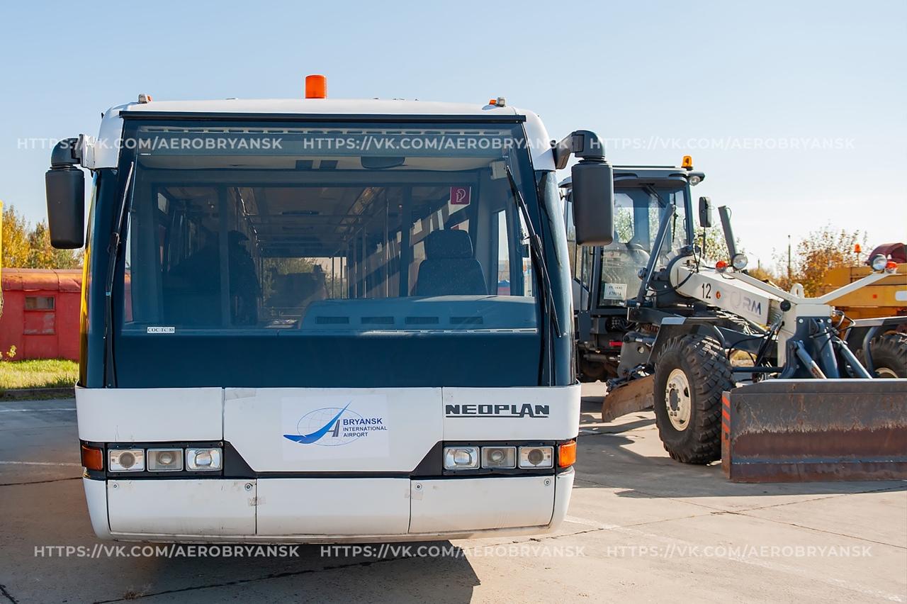 Брянский международный аэропорт купил 132-местный перронный автобус