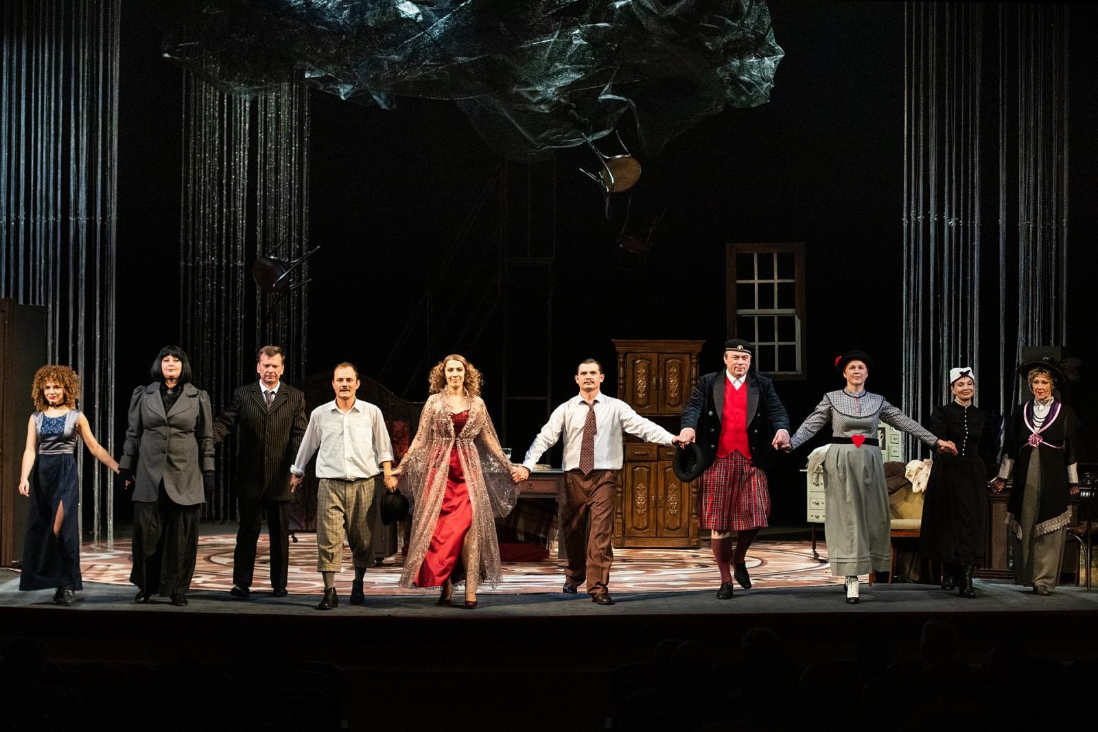 В Брянском театре драмы имени А.К. Толстого открылся 96-й театральный сезон