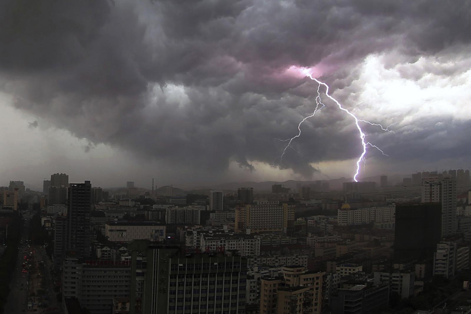 На Брянщину 18 мая придут дожди с грозами