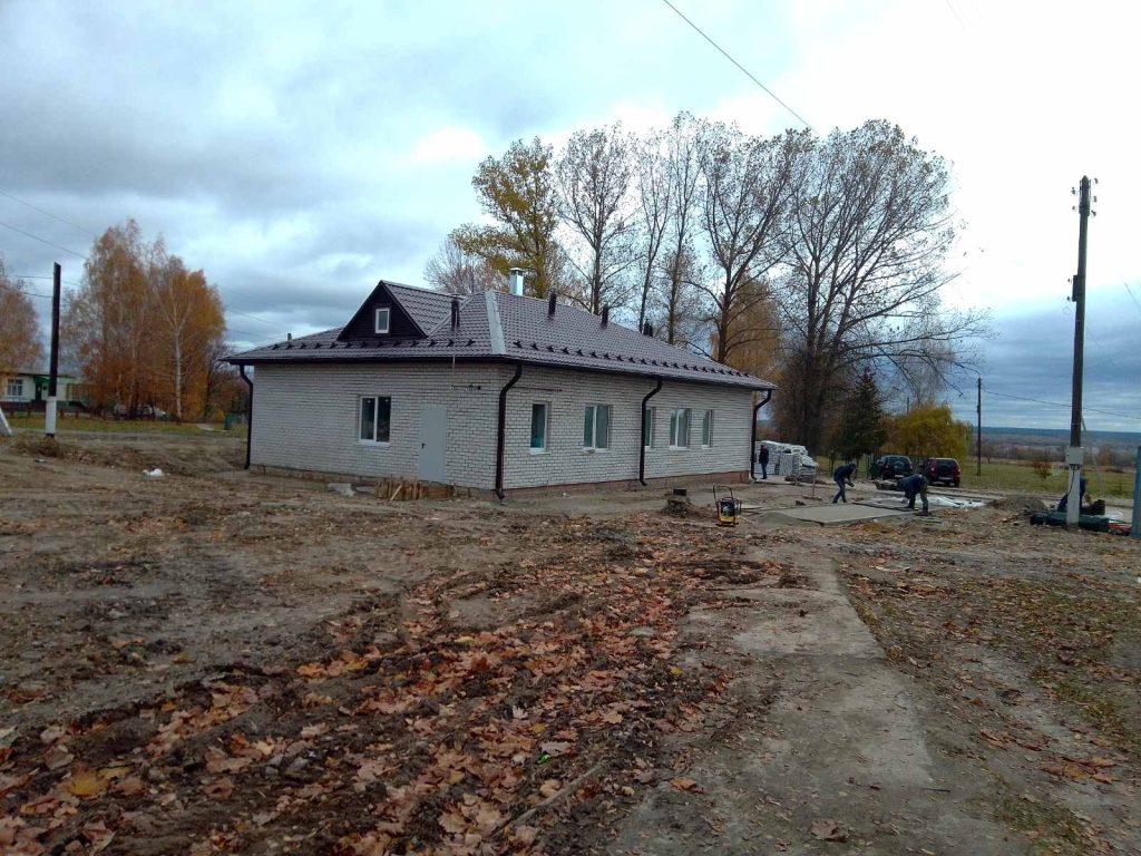 В селе Сосновка Выгоничского района завершается строительство ФАПа