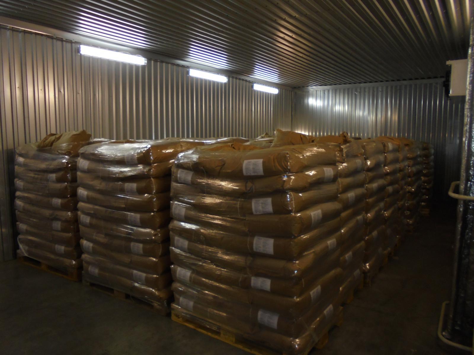 В Брянской области запретили ввоз 21 тонны мака из Чехии