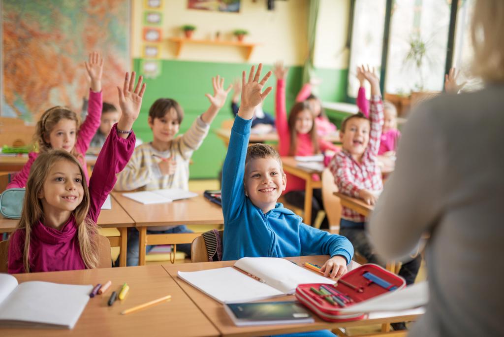 С 23 ноября брянские школьники перейдут на очное обучение