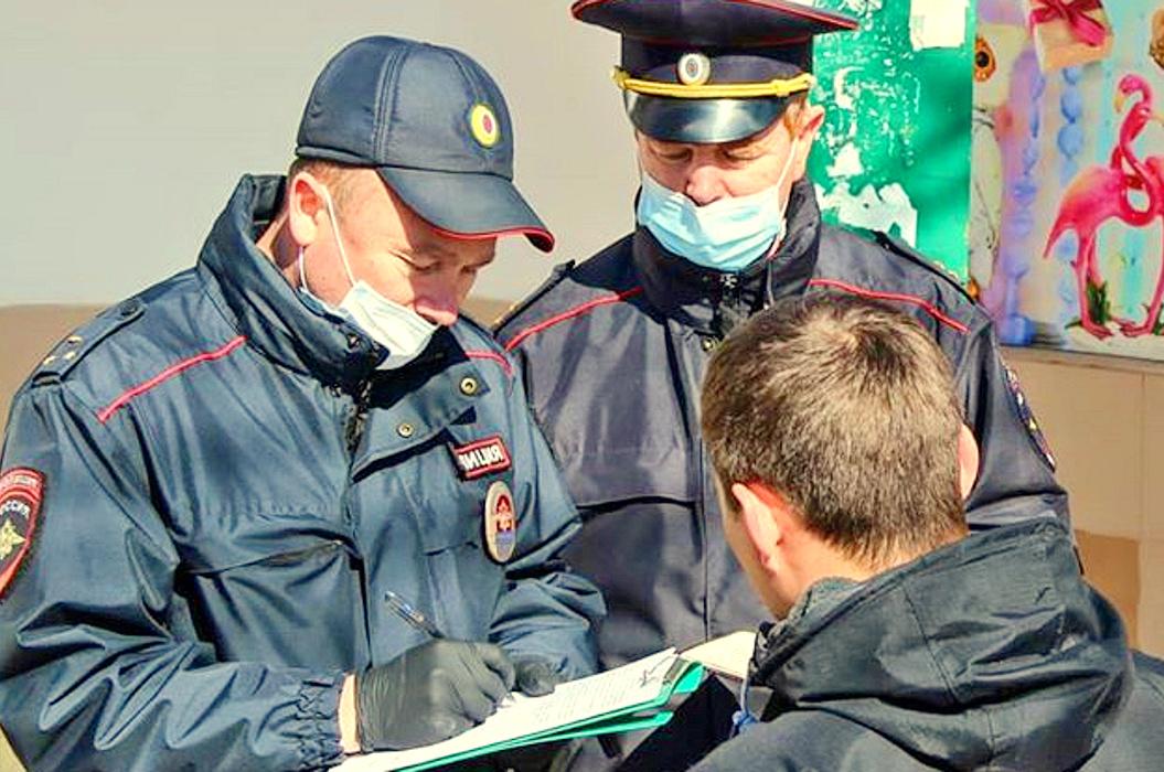 В Брянске за два дня комиссия поймала 7 нарушителей масочного режима