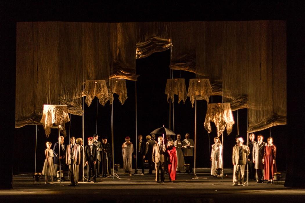 В Брянском театре драмы готовятся к премьере спектакля «Прощаясь не навсегда»