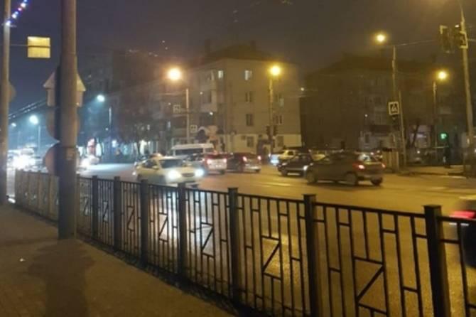 В Брянске отключился светофор на выезде из Бежицы
