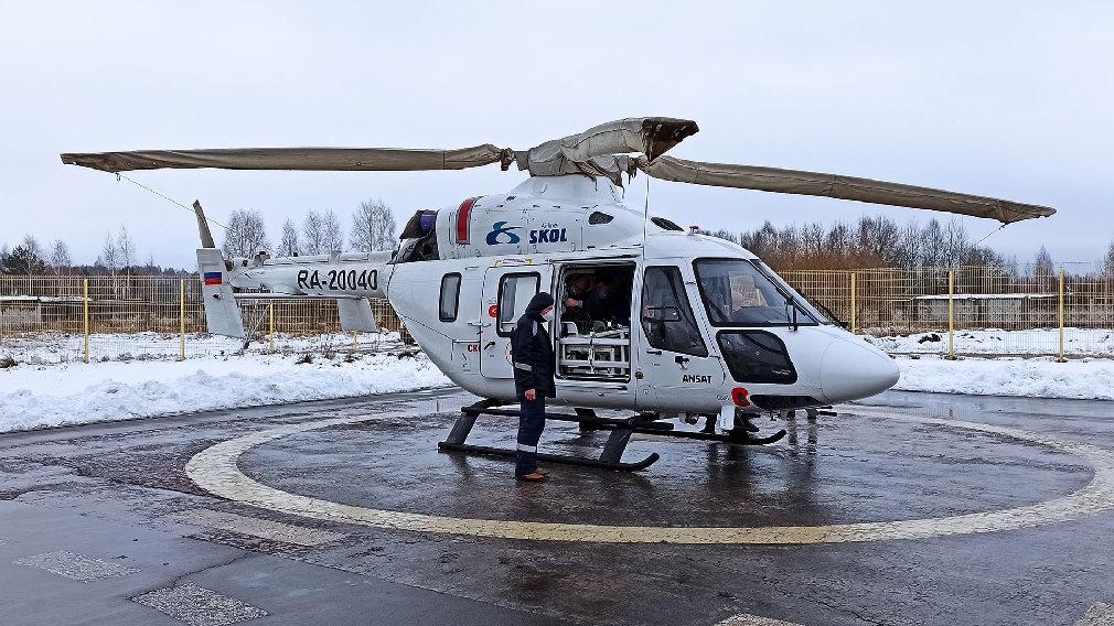 Доставленного на вертолете из Новозыбкова в Брянск 4-летнего мальчика прооперировали