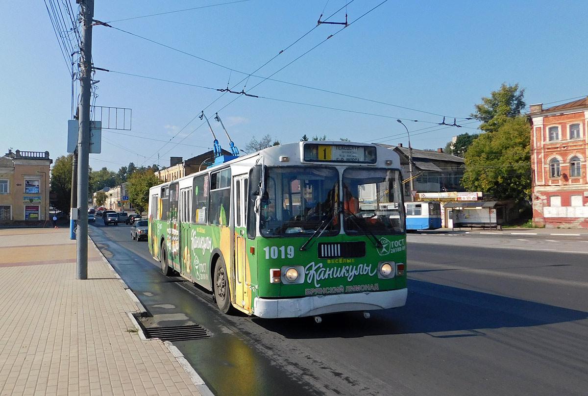 В Брянске от бульвара Щорса до юрфака БГУ пустят четыре троллейбуса № 4