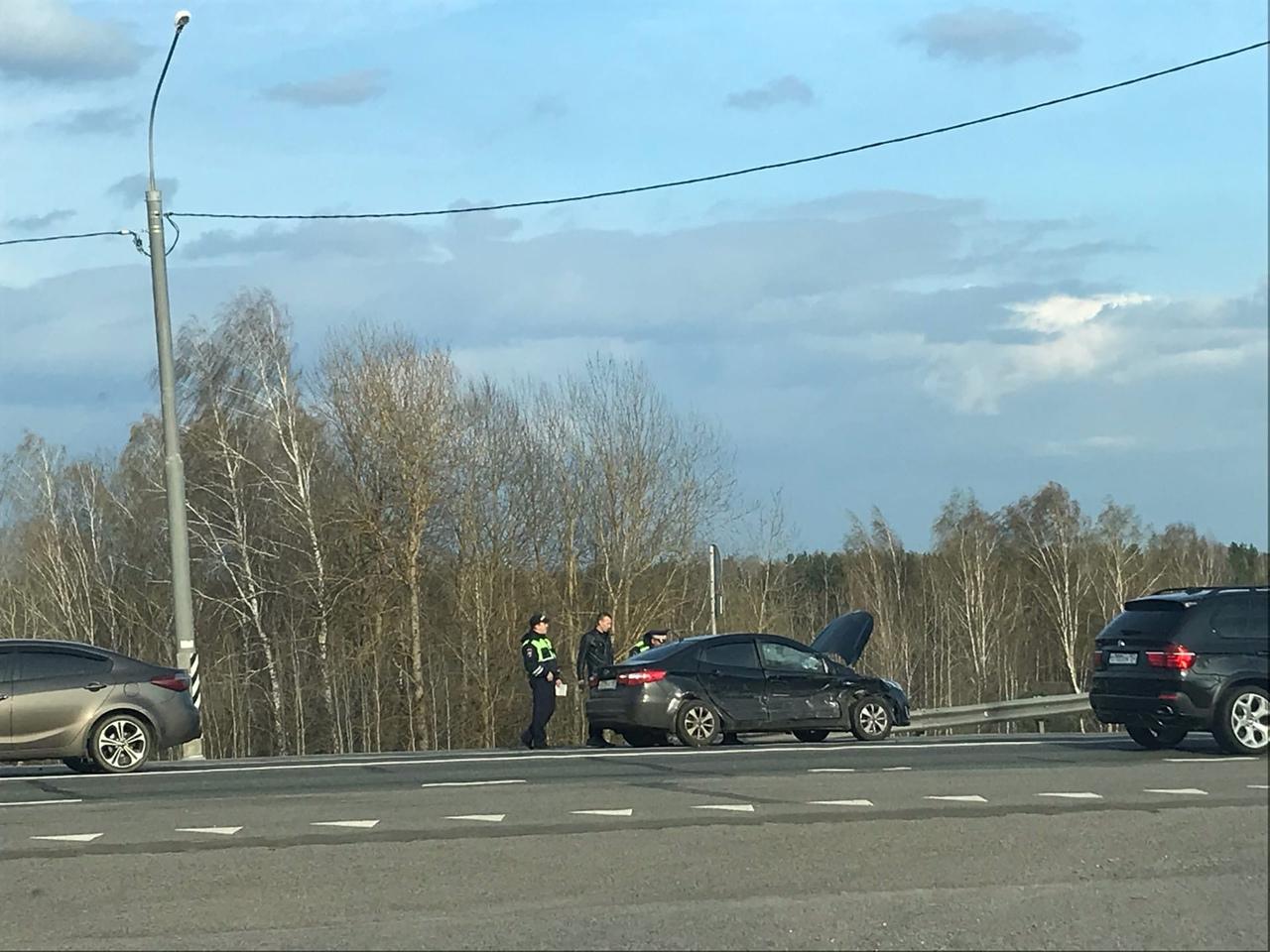 На трассе около поселка Октябрьский в Брянском районе произошло ДТП