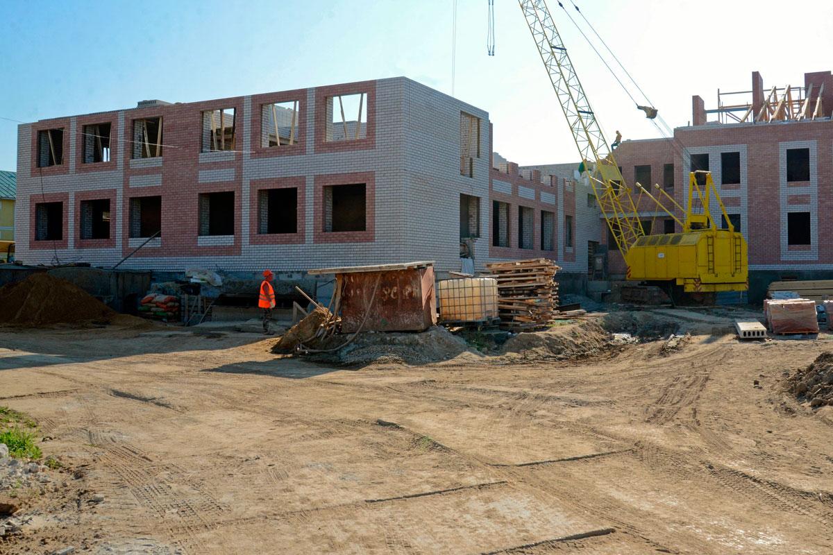 В Суземке продолжается строительство детского сада на 75 мест