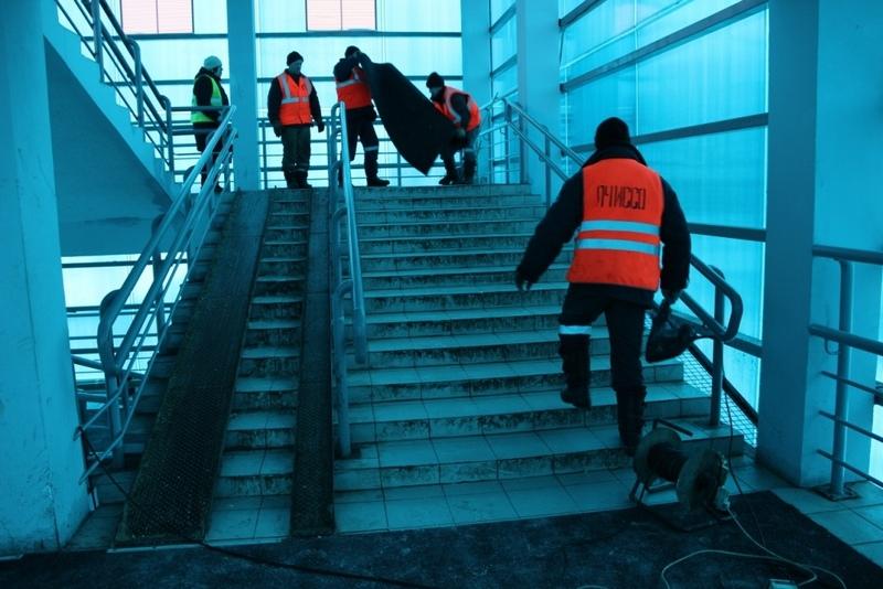 На опасном мосту станции Брянск-II появился противоскользящий настил