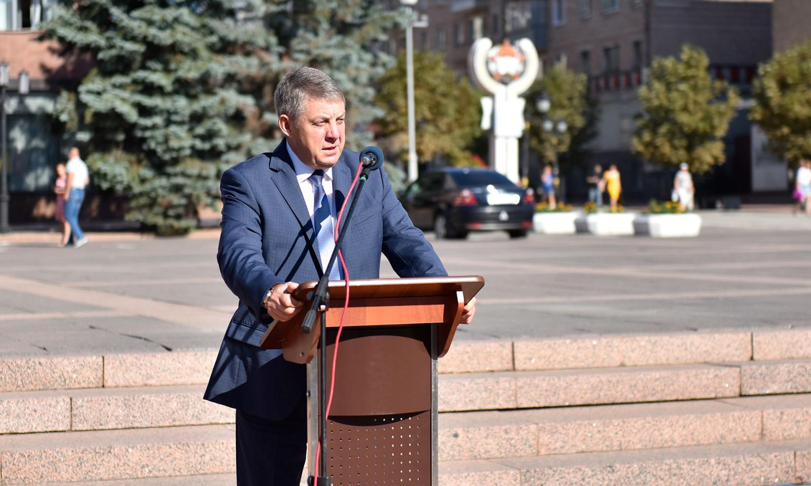 Губернатор Александр Богомаз поздравил брянцев и ветеранов с Днем Победы