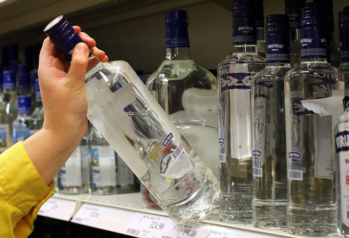 В городе Дятьково 19-летний парень украл из магазина алкоголь