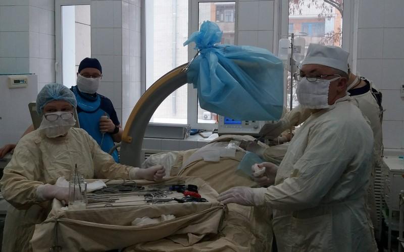 В Брянске провели уникальную операцию по удалению грыжи