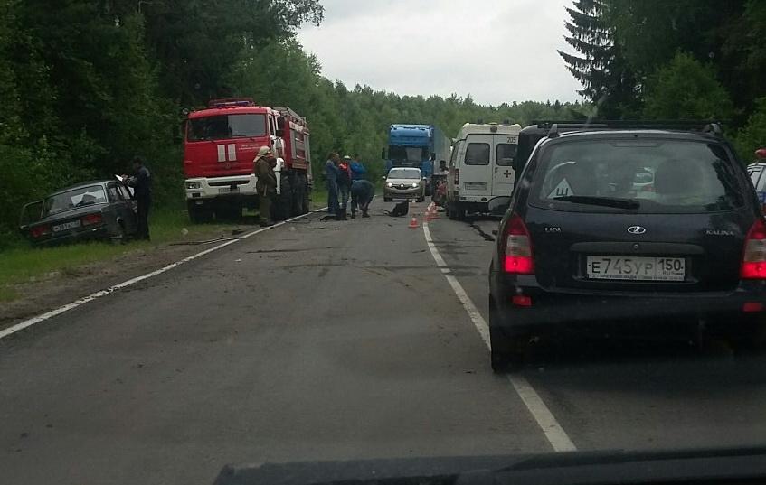 На путепроводе в Брянском районе произошло серьезное ДТП