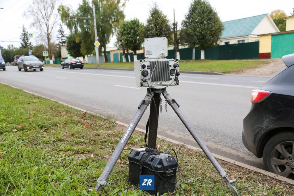 Брянских полицейских обвинили в незаконно установленной мобильной камере