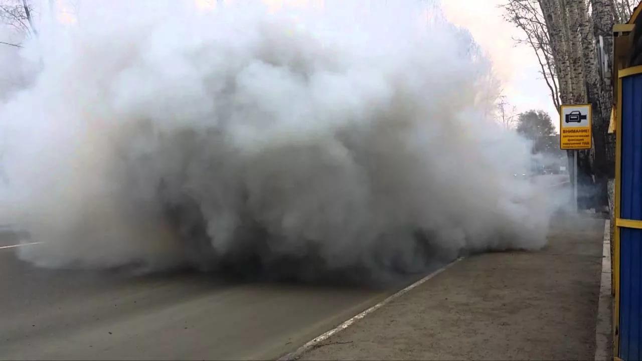 На проспекте Станке Димитрова в Брянске загорелась «Газель»
