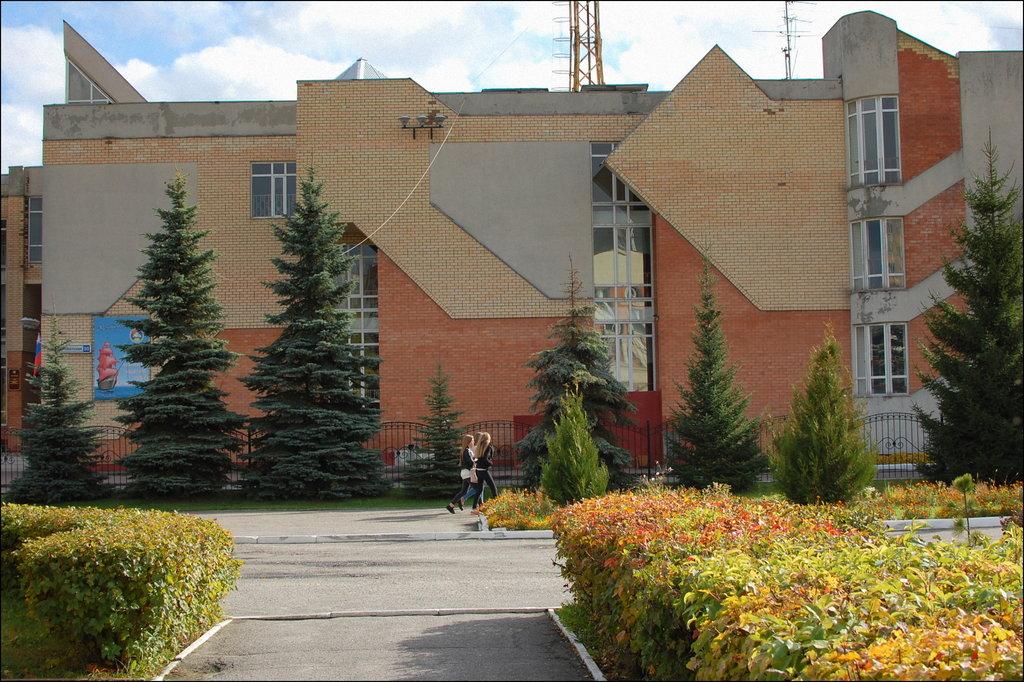 Вячеслав Никонов побывал в брянских образовательных учреждениях