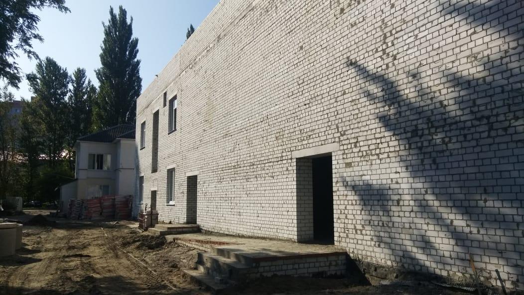 В Брянске достроили новый корпус для школы искусств №3