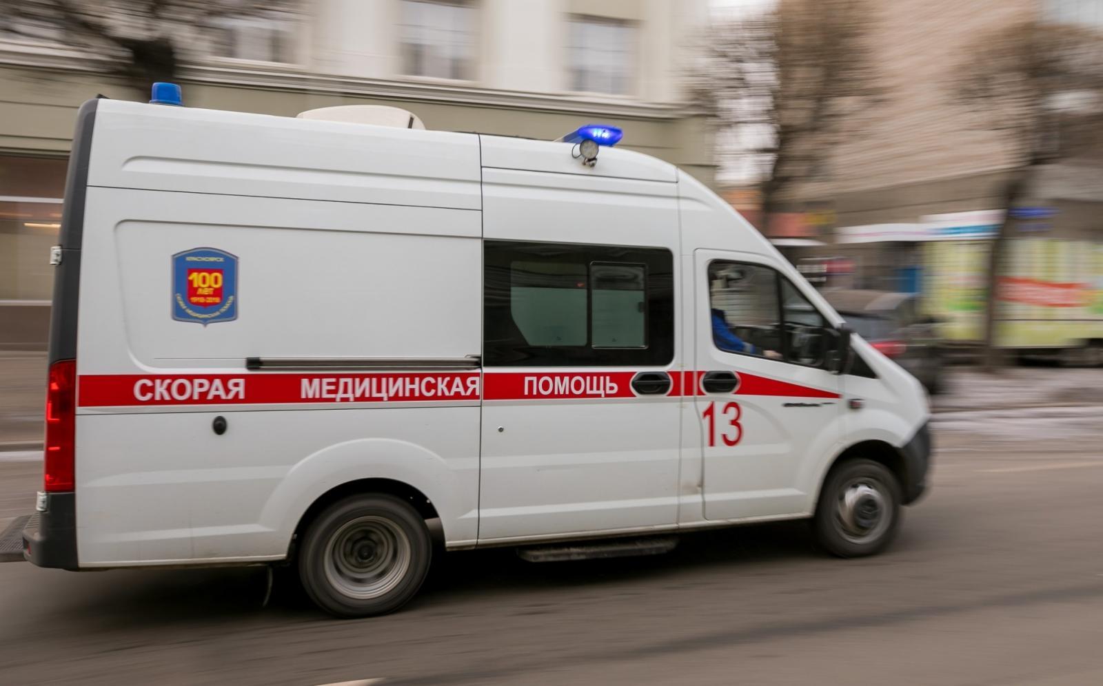 Автомобиль Росгвардии сбил двух детей на пешеходном переходе в Новозыбкове