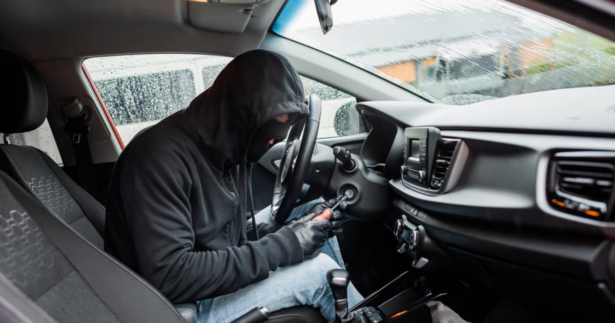 В Брянске у «Электроники» угонщики взломали сигнализации машин