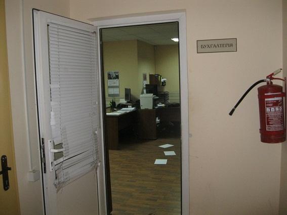 В Злынковском районе работникам коммерческой организации больше 2 месяцев не платили зарплату