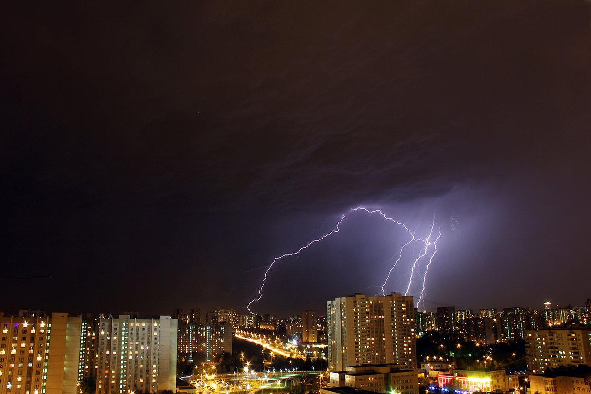 В среду в Брянской области снова ожидаются дожди с грозами