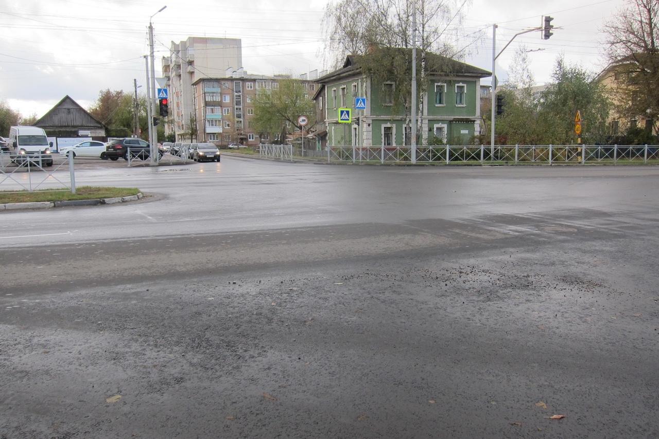 В Брянской области подходит к концу ремонт дороги Дятьково-Любохна