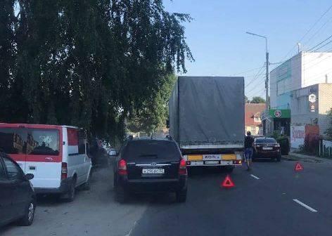 В Брянске на улице Красный Маяк произошло ДТП