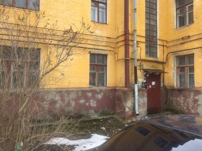 В Брянске без света оставили аварийную многоэтажку по Арсенальской