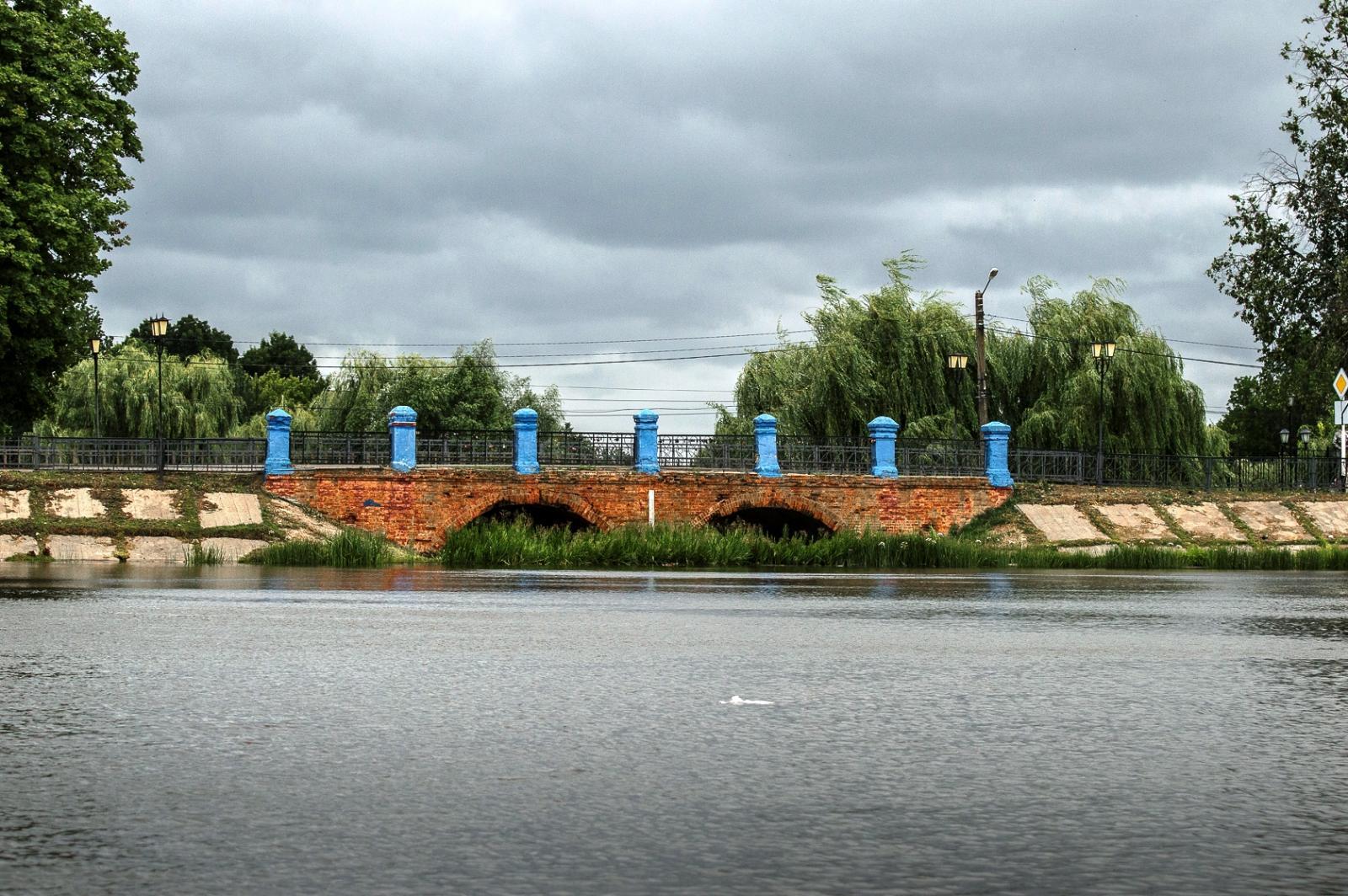 В Новозыбкове Брянской области на озере Карна утонул 46-летний мужчина